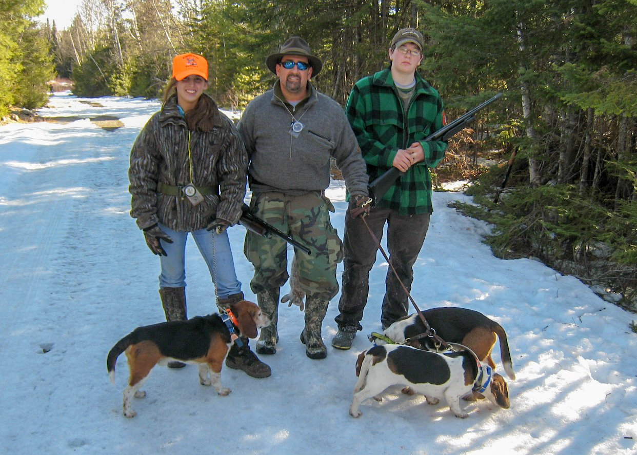 Snowshoe hare hunts in Maine with hounds